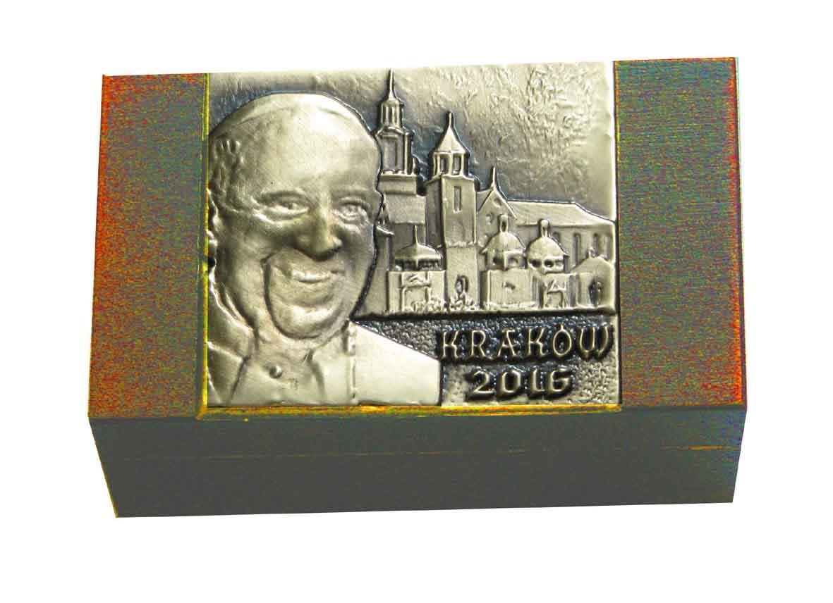 Pudełeczka drewniane z wizerunkiem Ojca Świętego - wzór 1 ŚDM